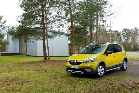 Renault Scenic Xmod er navnet på en ny livsstilsbil fra Renault. Den bygger på Renault Scenic/Grand Scenic, men har øget frihøjde og en langt række smarte tilføjelser.