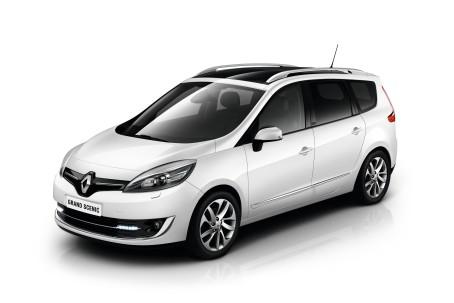 Renault Scenic/Grand Scenic har fået et markant facelift. Der ligger helt i tråd med chefdesigner Laurens van den Ackers nye designlinjer for Renault